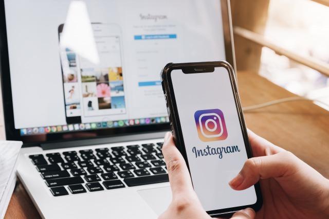 流行ファッション情報源として、「Instagram」が「Google」を抜く